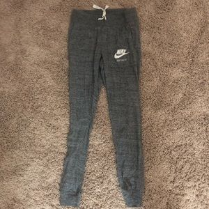 nike joggers , size - extra small